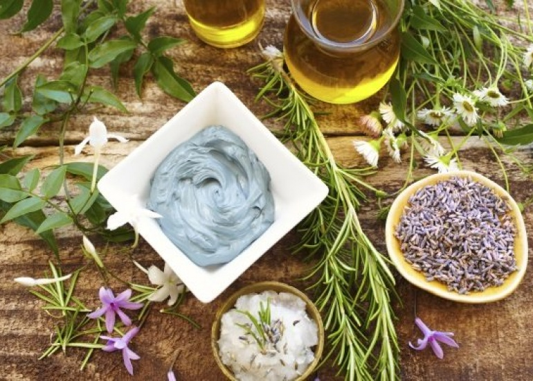 7 Steps to Fresher & Younger Skin